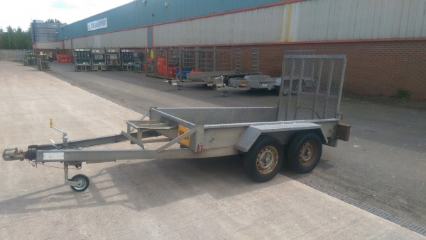 SMALL PLANT TRAILER 8'x4x 2600KG INDESPENSION