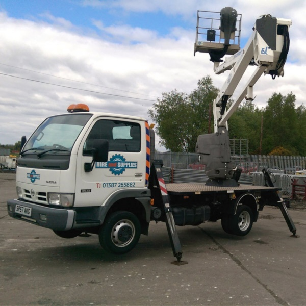 NISSAN CABSTAR 120 OIL & STEEL 17M