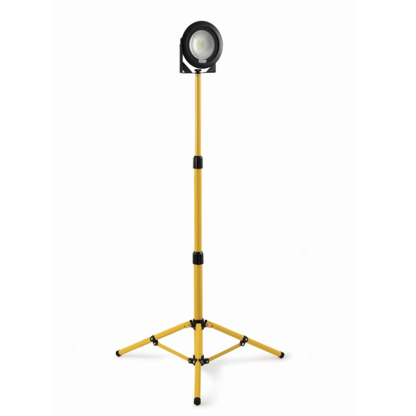 DEFENDER DF1200  TRIPOD LED LIGHT 110V