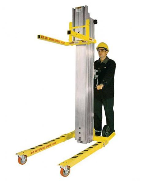 Sumner material lift 2010