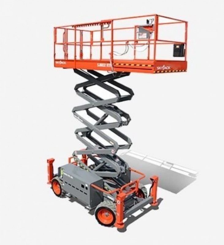 Skyjack SJ-6832 RT Rough Terrain Scissor Lift 4X4